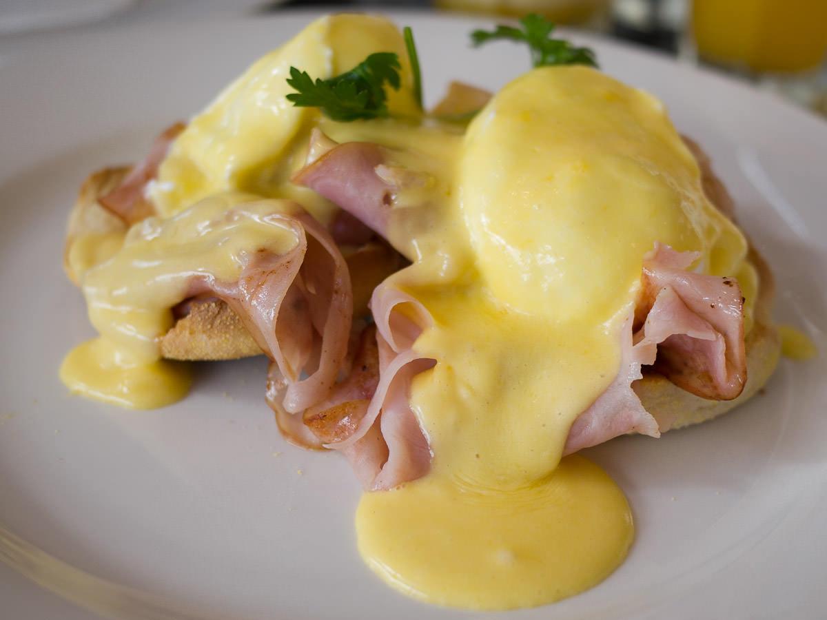 Eggs Benedict (AU$17.00)