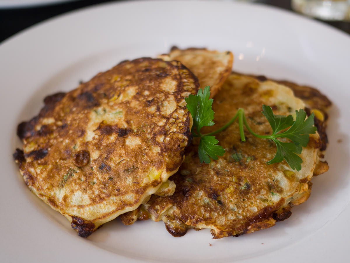 Corn fritters (side order)