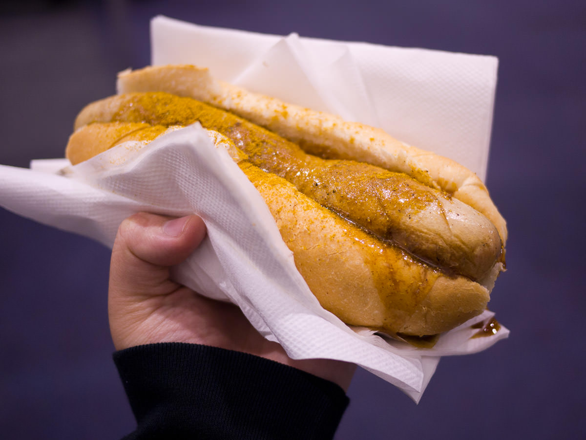 Curry bratwurst, Andy's Bratwurst Hut