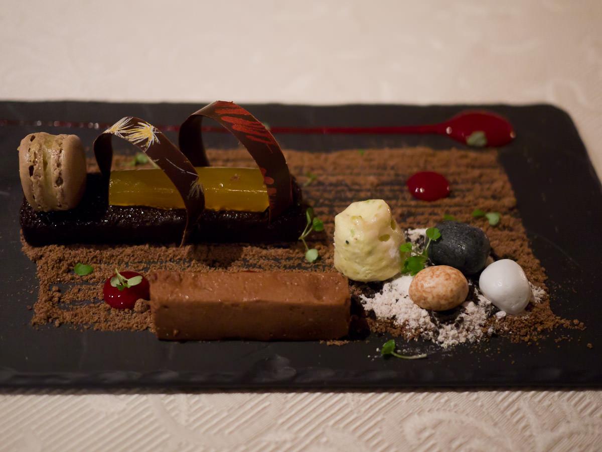 Marquise au chocolat, coffee macaroon (sic), pistachio ice cream, chocolate gremeux, passionfruit (AU$15)