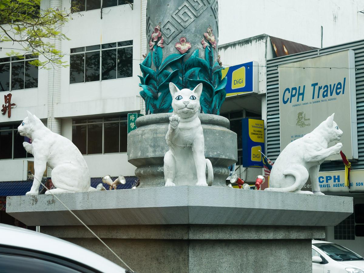 Cat statues, Kuching