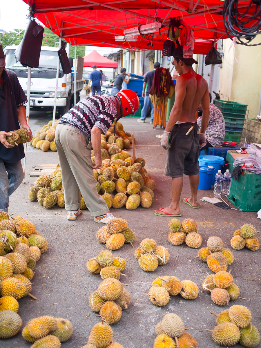 Serious durian selection process taking place