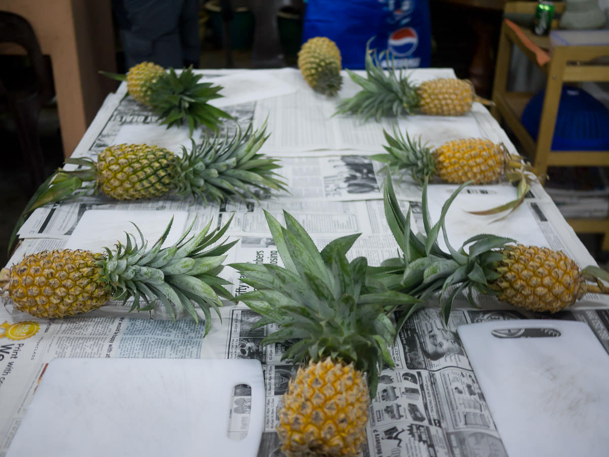 Pineapples ready for pineapple cutting lesson