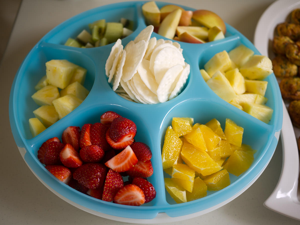 Fruit, cheese and crackers