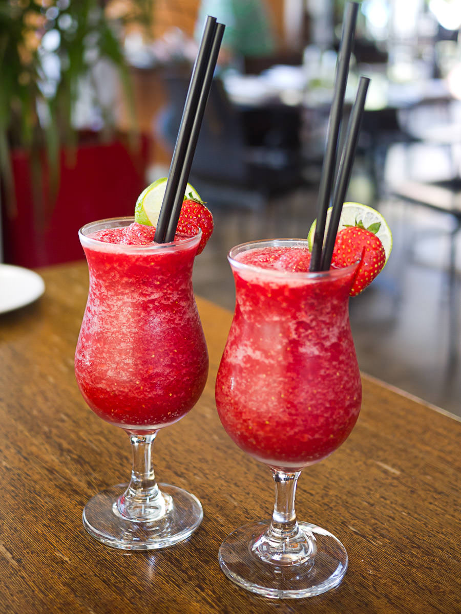 Strawberry and lime mocktails