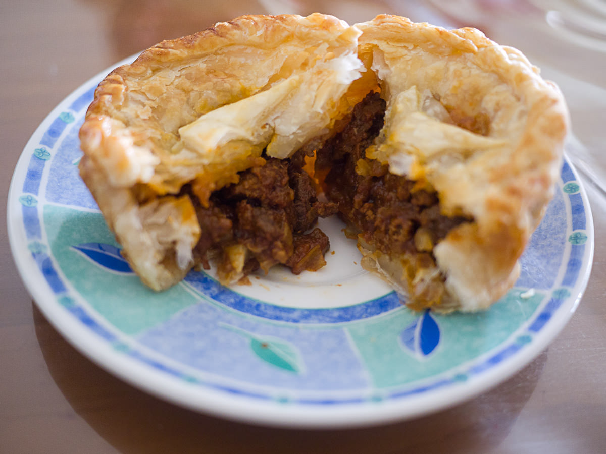 Meat pie - innards