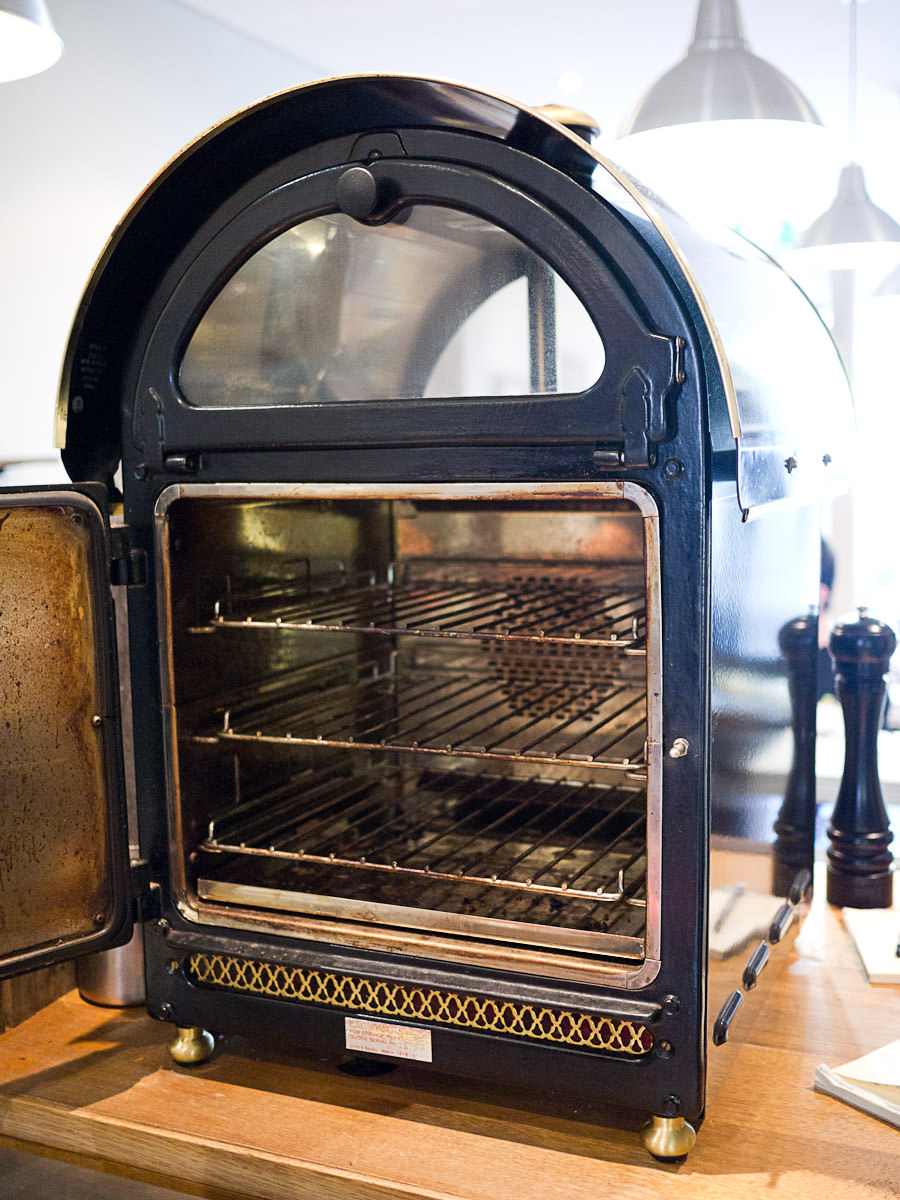 Oven for baked spuds