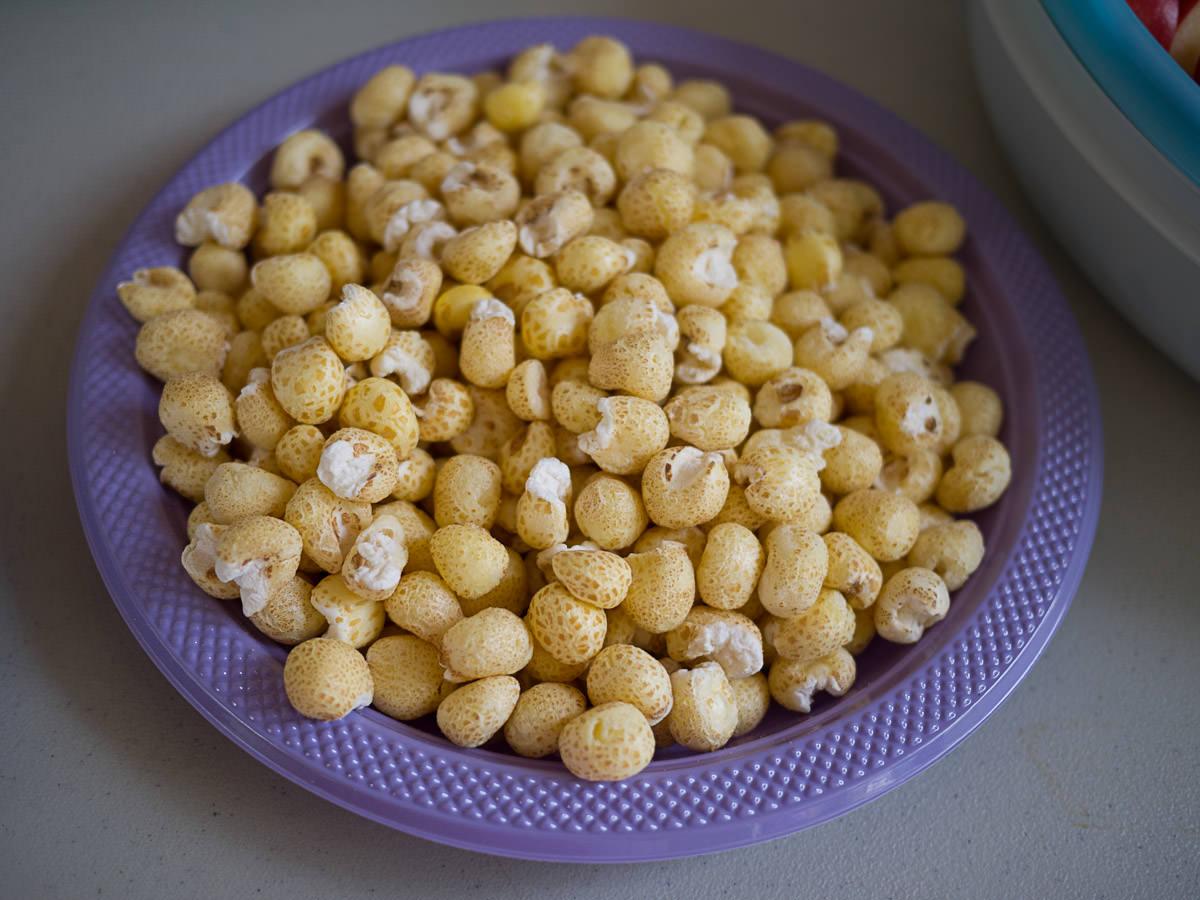 Puffed corn