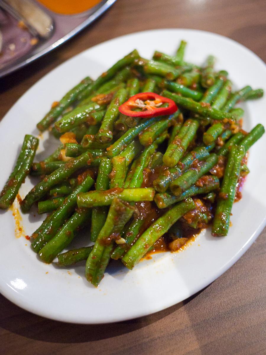 Kacang panjang belacan (long beans belacan, AU$14)