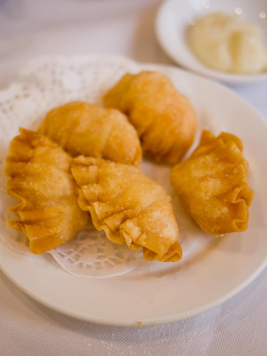 Deep-fried prawn dumplings
