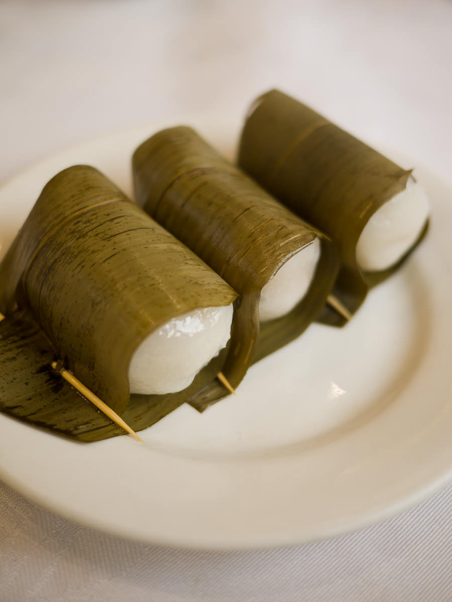 Glutinous rice balls filled with coconut and peanuts