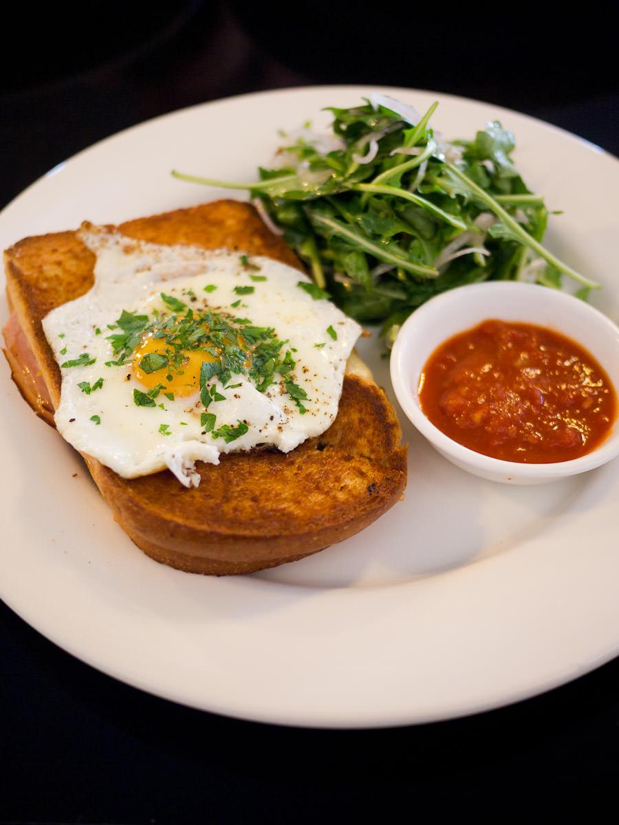 Ham, Gruyere and fried egg toastie