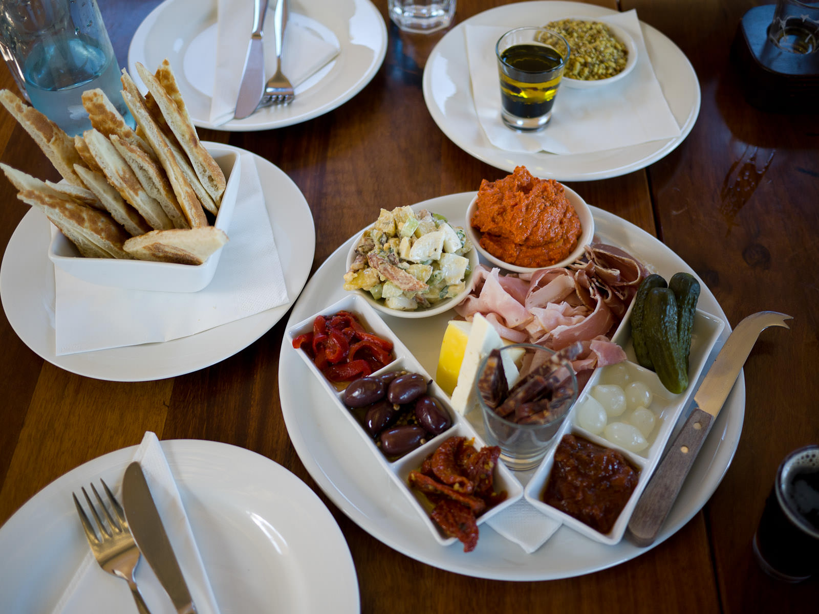 Brewer's choice - selection of cold meats, dips, potato salad and antipasta with pizza wedges (AU$30)