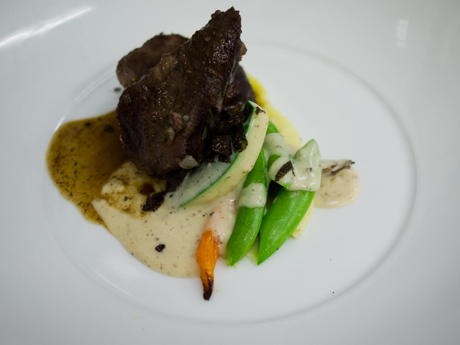 Veal cheeks with blanquette of vegetables