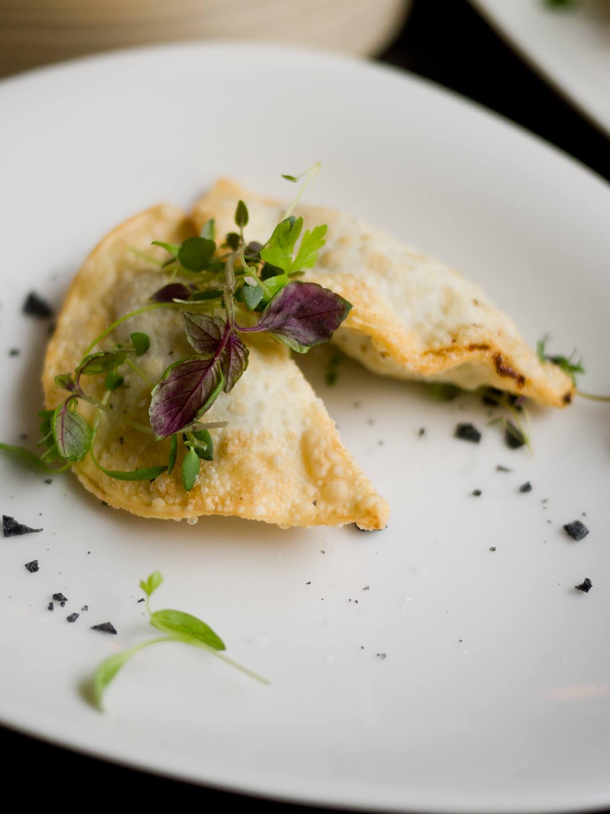 Confit champignon, white truffle, egg wonton