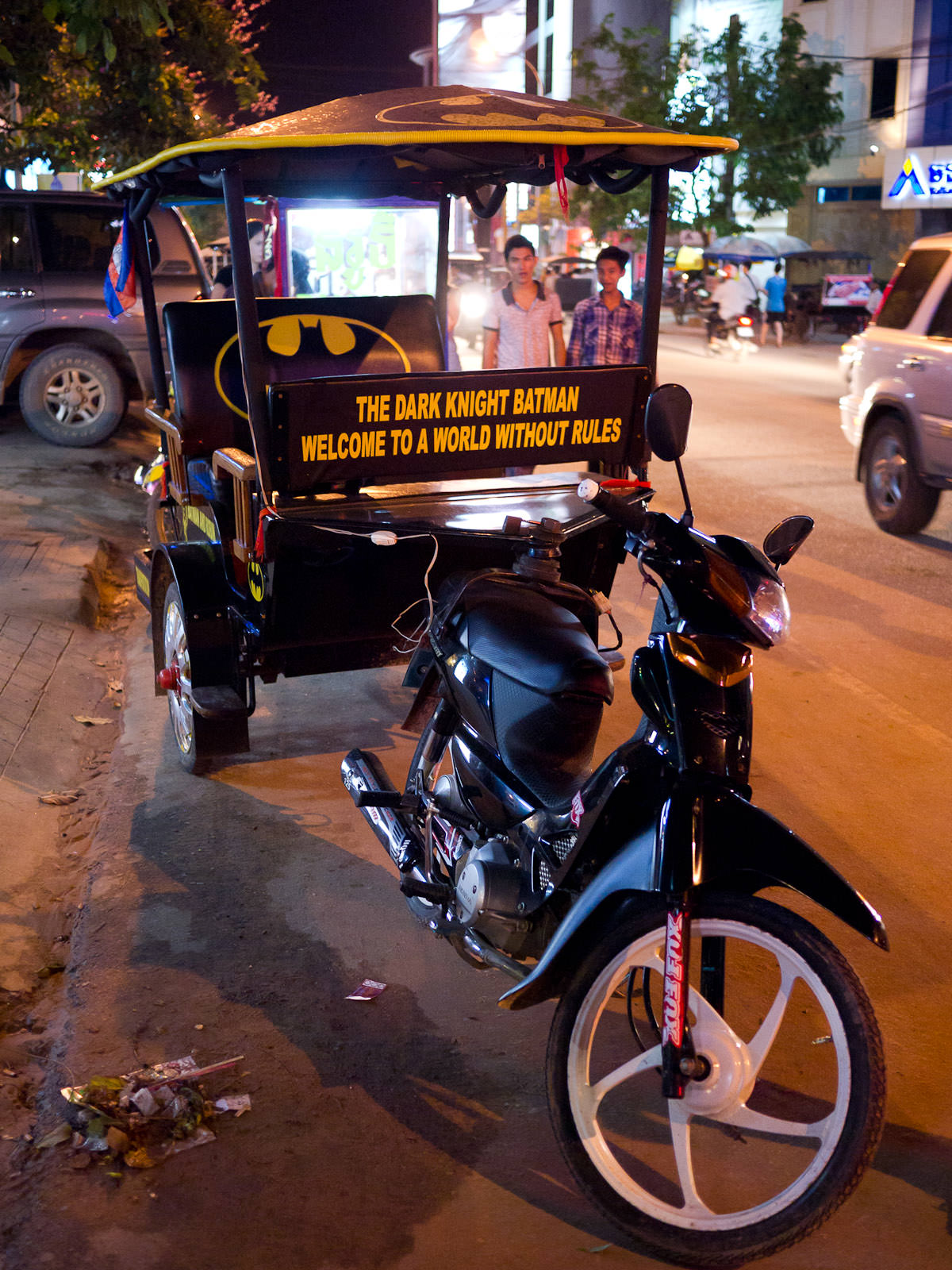 Batman tuk-tuk