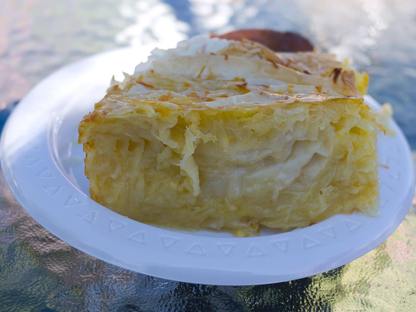 Portokalopita (orange yoghurt cake)