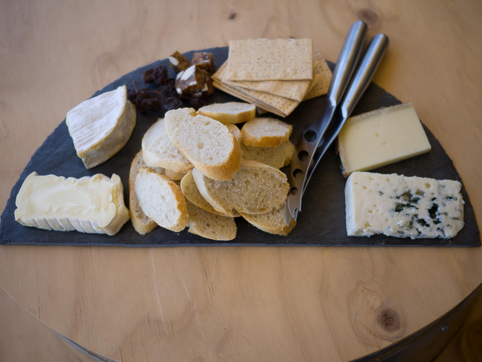France regional cheese board