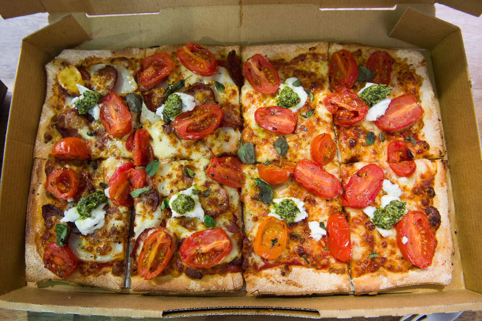 Heirloom Tomato Upper Crust Pizza (AU$19)