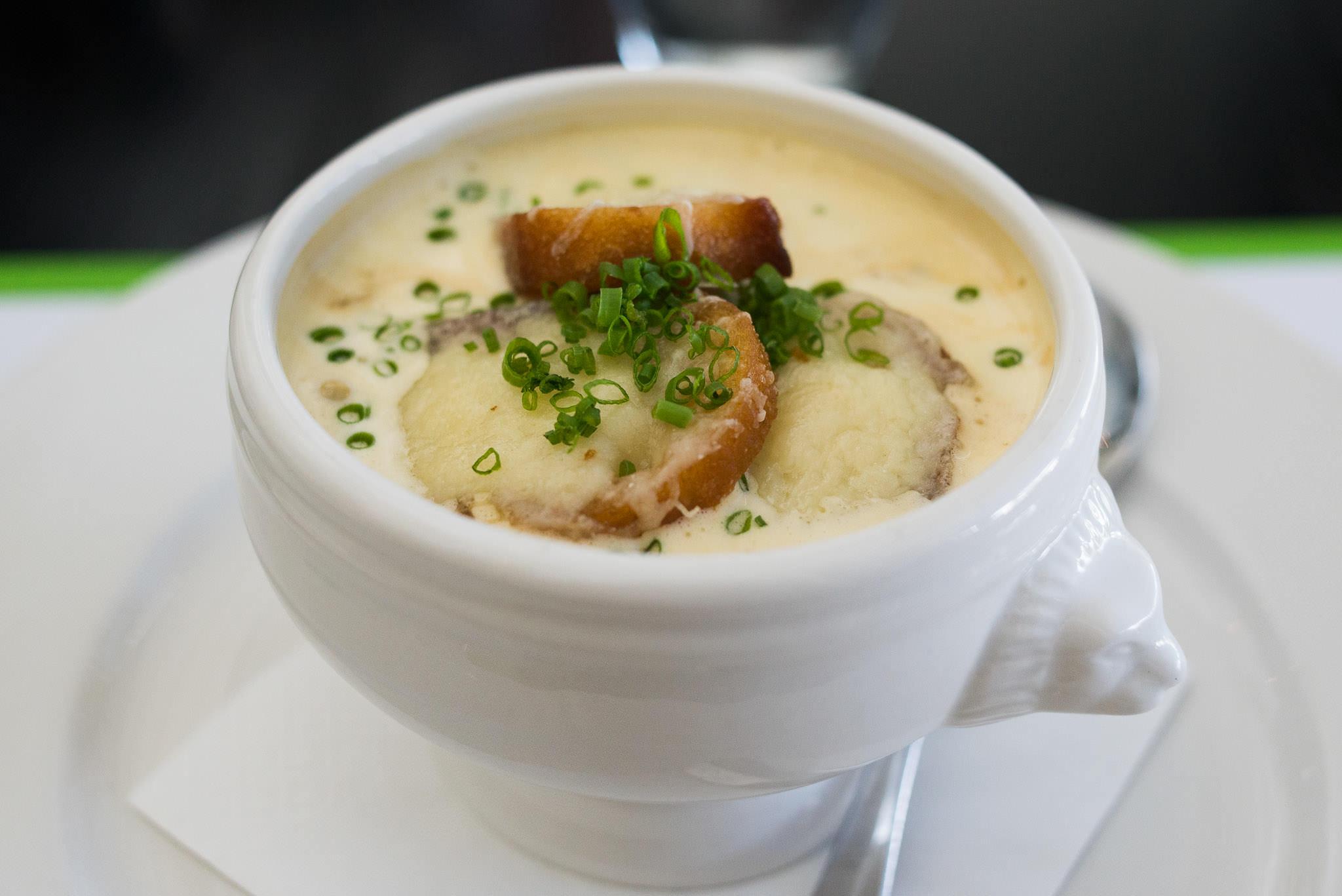 Onion soup (AU$18)