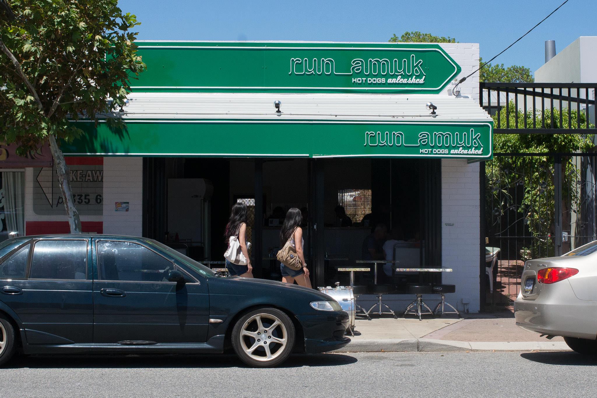 Run Amuk - Hotdogs Unleashed, Fremantle