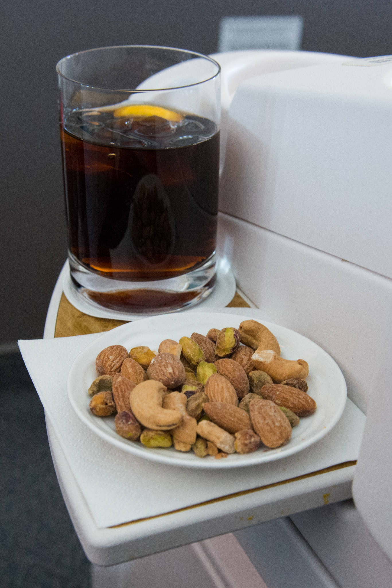 A drink and nuts as soon as I'm seated