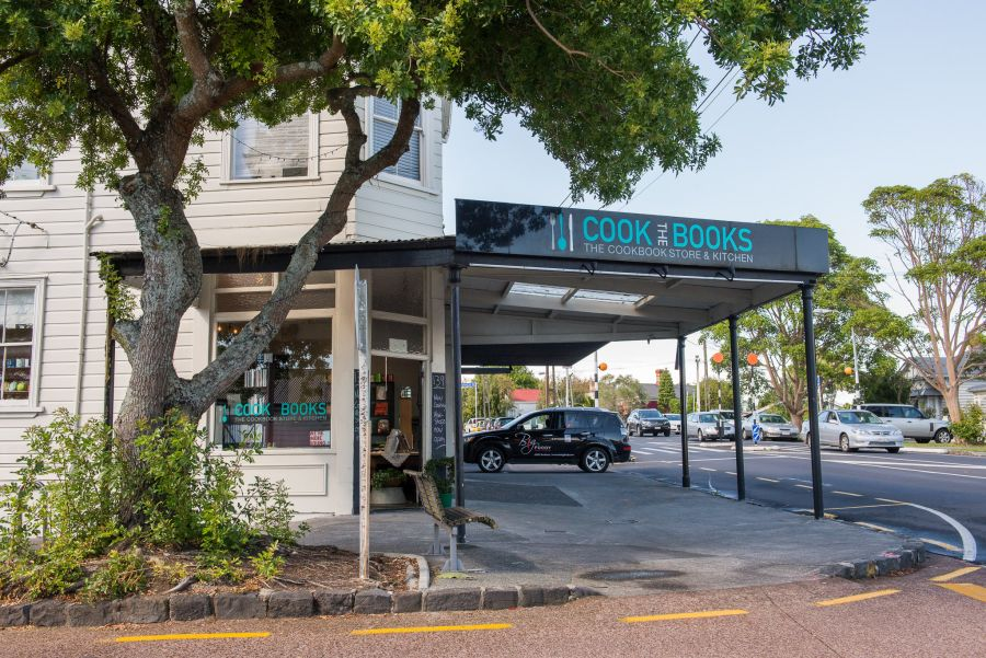 Cook The Books, Grey Lynn (with The Big Foody car)