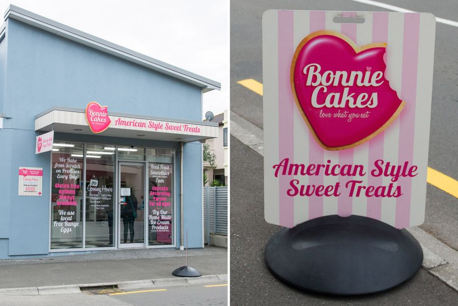 Bonnie Cakes, Napier