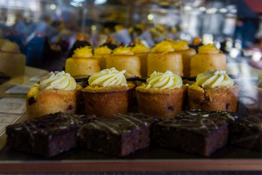 Entice - cakes
