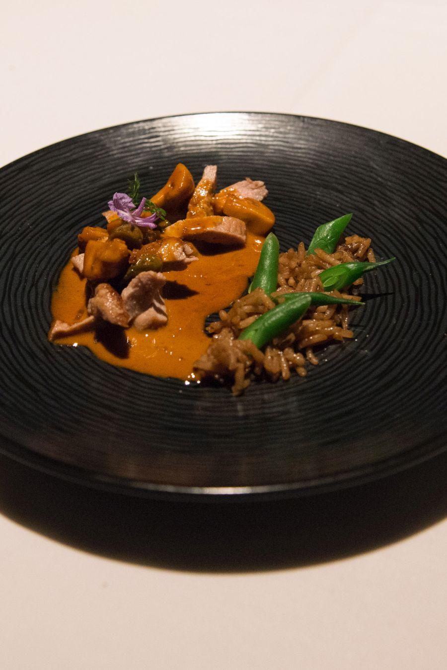 Surprise course: veal in brandy sauce, mushroom rice