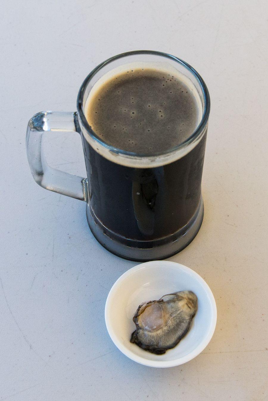 Drunken oyster - Onetangi dark ale
