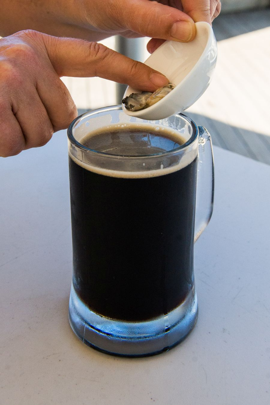 Drunkening the oyster - Onetangi dark ale