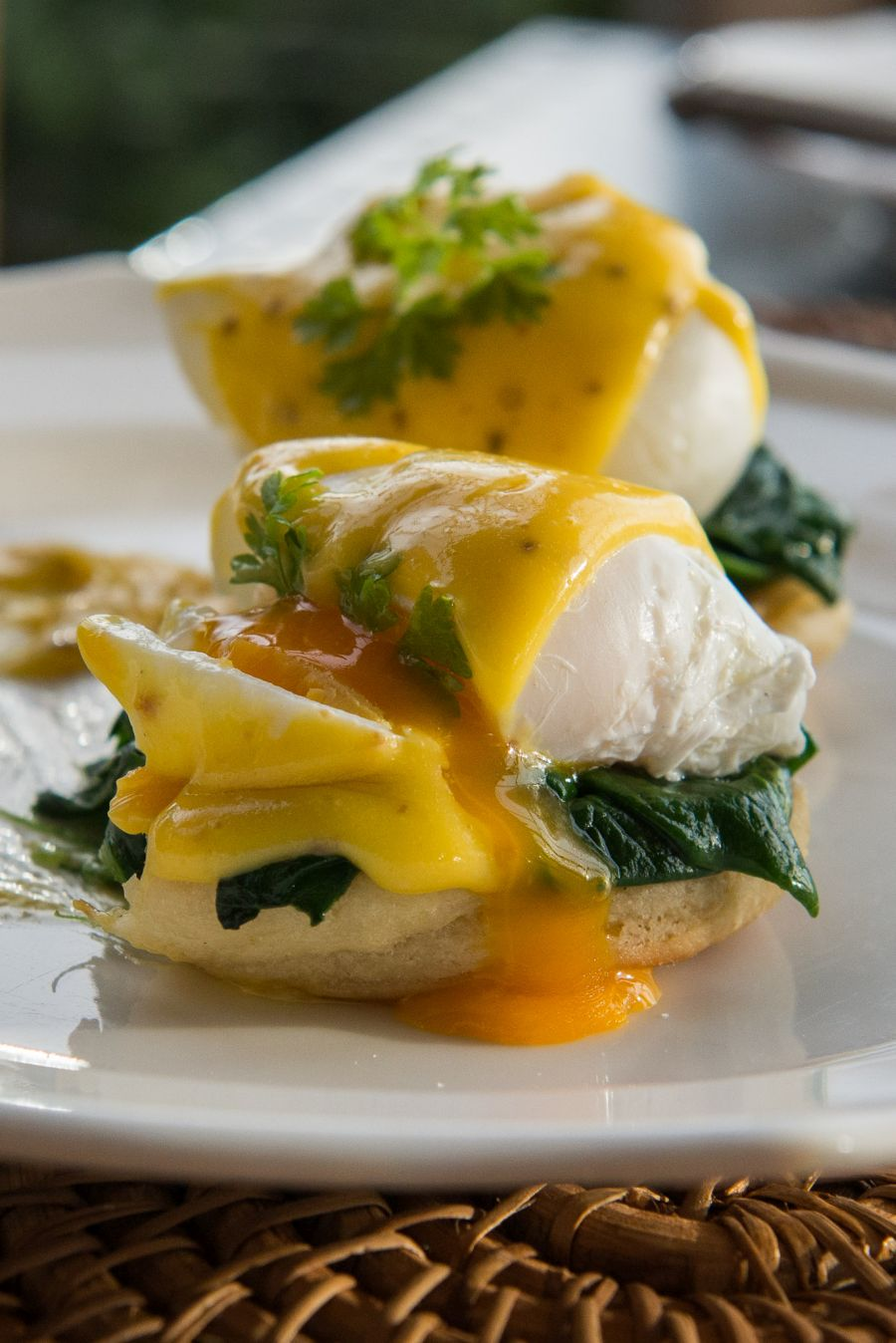 Eggs Benedict: gooey egg yolk