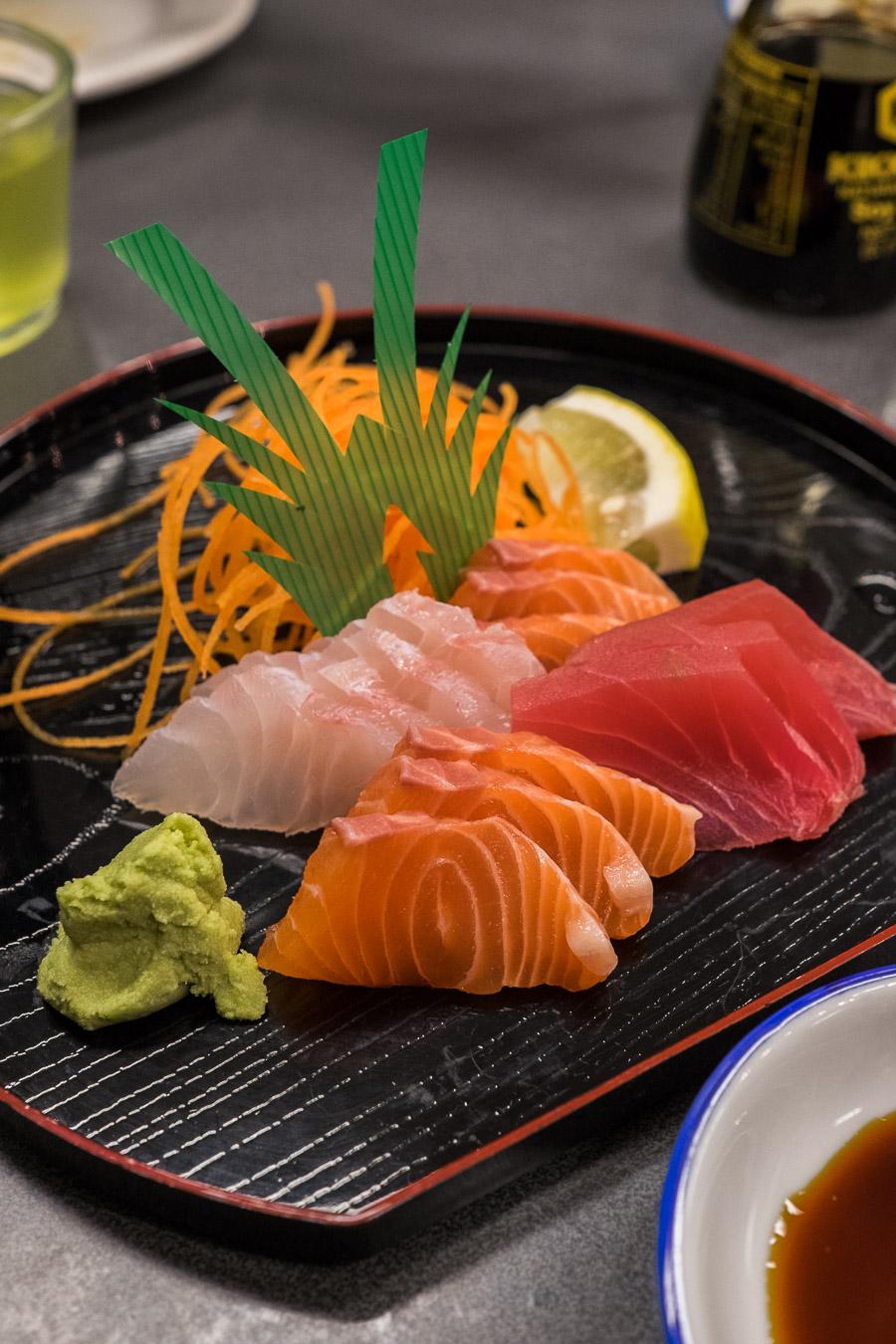 Sashimi moriawase (AU$17 small)