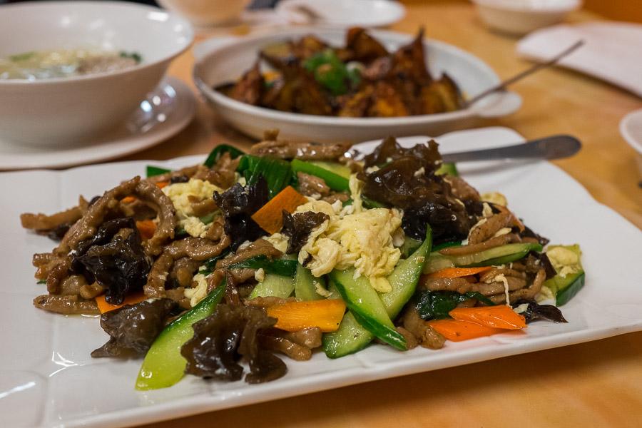 Stir-fried pork with egg and black fungus