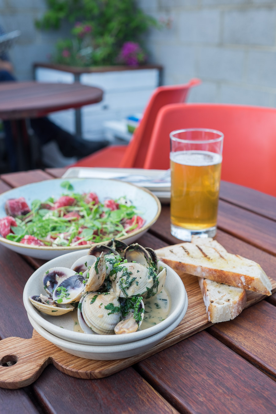 Garlic clams, cider, cream, chives, sourdough (AU$19)