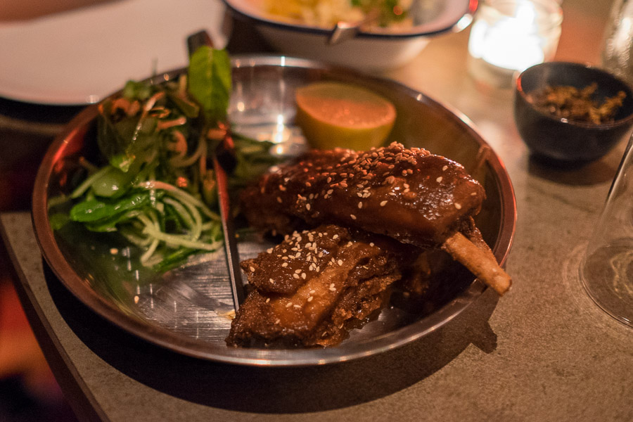 el PÚBLICO - lamb ribs twice cooked with sesame cucumber salad and lime