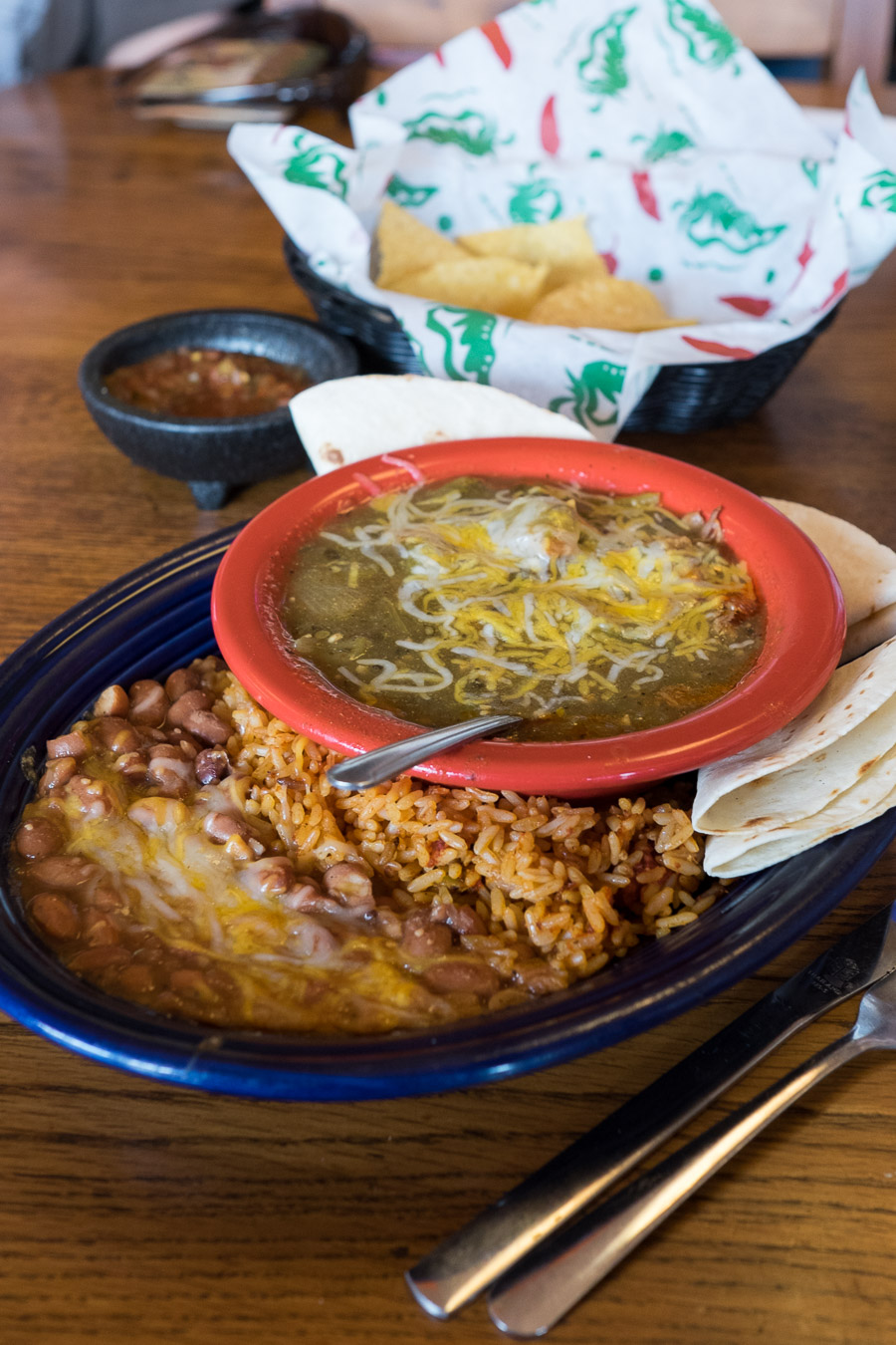 Chile verde with rice and beans, Zapata's