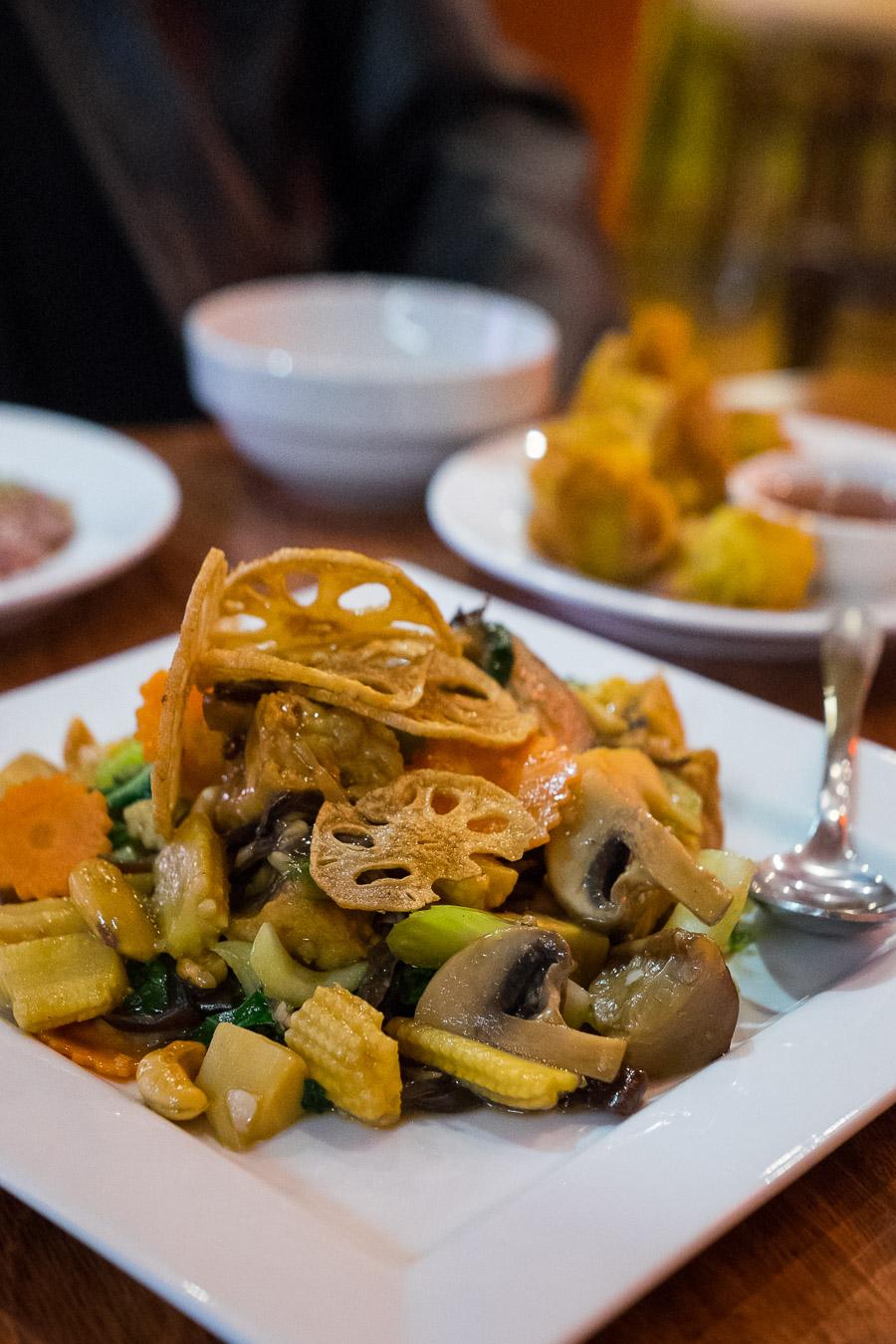 Buddha's Garden (AU$14.00) - tofu, bamboo shoots, baby corn,  wood-ear fungus and cashew nuts.