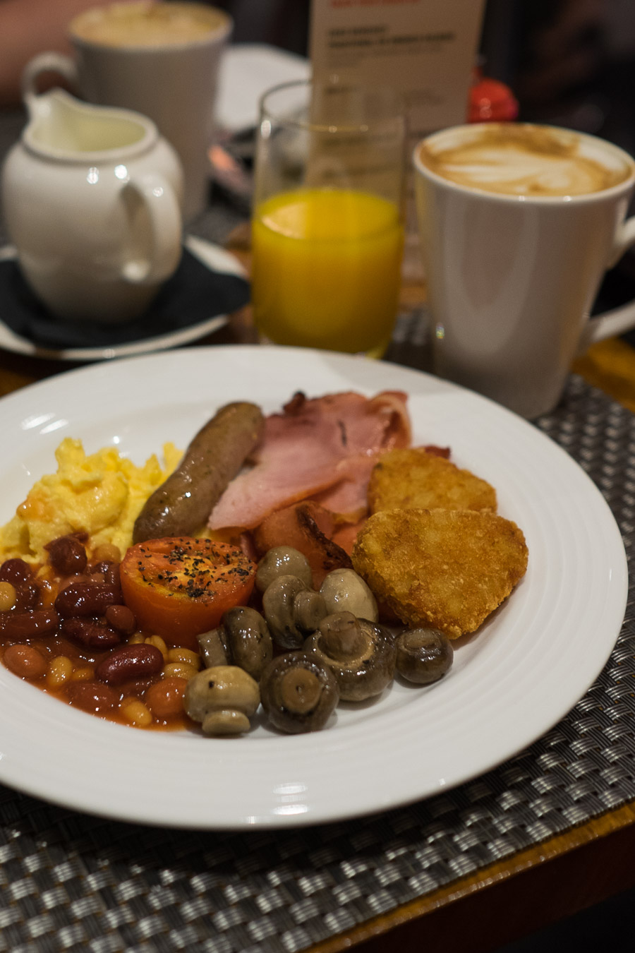 Buffet fry-up