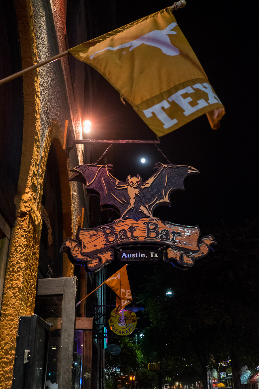 Bat Bar